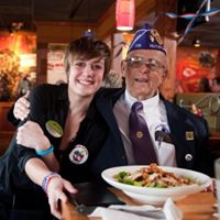 Kansas City-Area Applebee's Thank Local Heroes with Military Mondays