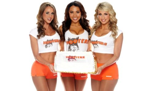 Hooters Turns 29 Years on Thursday, October 4