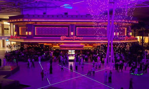 Grand Lux Cafe Calabasas Ca