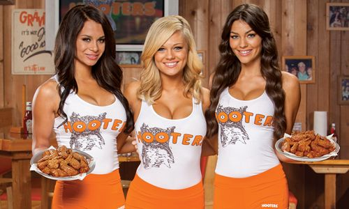 Treat Dad at Hooters on Father's Day with Free Wing Deal