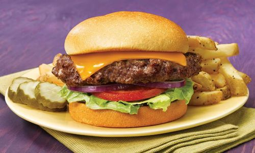 America's Heroes Will Receive Free Best Cheeseburger in America Combo From Max & Erma's on Veterans Day
