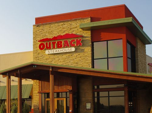 Outback Steakhouse is an Australian-themed chain of restaurants that offers a variety of chicken, ribs, seafood and pasta dishes. It offers a range of food items, such as honey-cured bacon, home-baked muffins and pastries, steakhouse salad wraps and cookies.7/10(43).