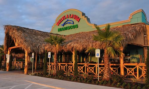 New Family Owned And Operated Mexican Seafood Restaurant Opens In Houston S Suburb