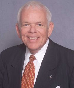 Jim Squire Earns IFA Educational Foundation's Highest Honor
