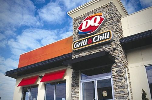 DQ Grill & Chill, Food business in Rochester. See up-to-date pricelists and view recent announcements for this location. For more than 60 years, the Dairy Queen system's recipe for success has been simple. It's been a combination of hard-working people who own and operate restaurants and great-tasting food and tempting treats served in our loweredlate.mlry: Food, Ice Cream & Frozen Yogurt.