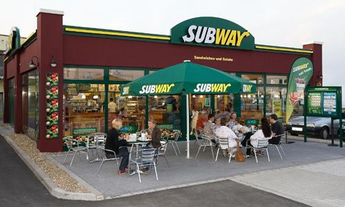 Where Was The First Subway Restaurant Opened