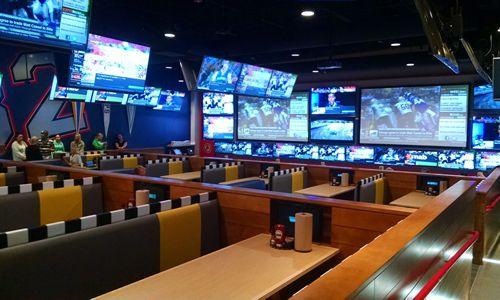 Central Pennsylvania S Beloved Sports Bar Brand Arooga S