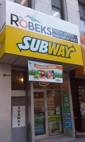 Robeks Fresh Juices & Smoothies Franchise Owner Co-brands with SUBWAY Sandwiches & Salads in NYC