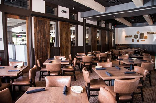 Tony roma 39 s debuts new global prototype restaurant in for Best private dining rooms orlando