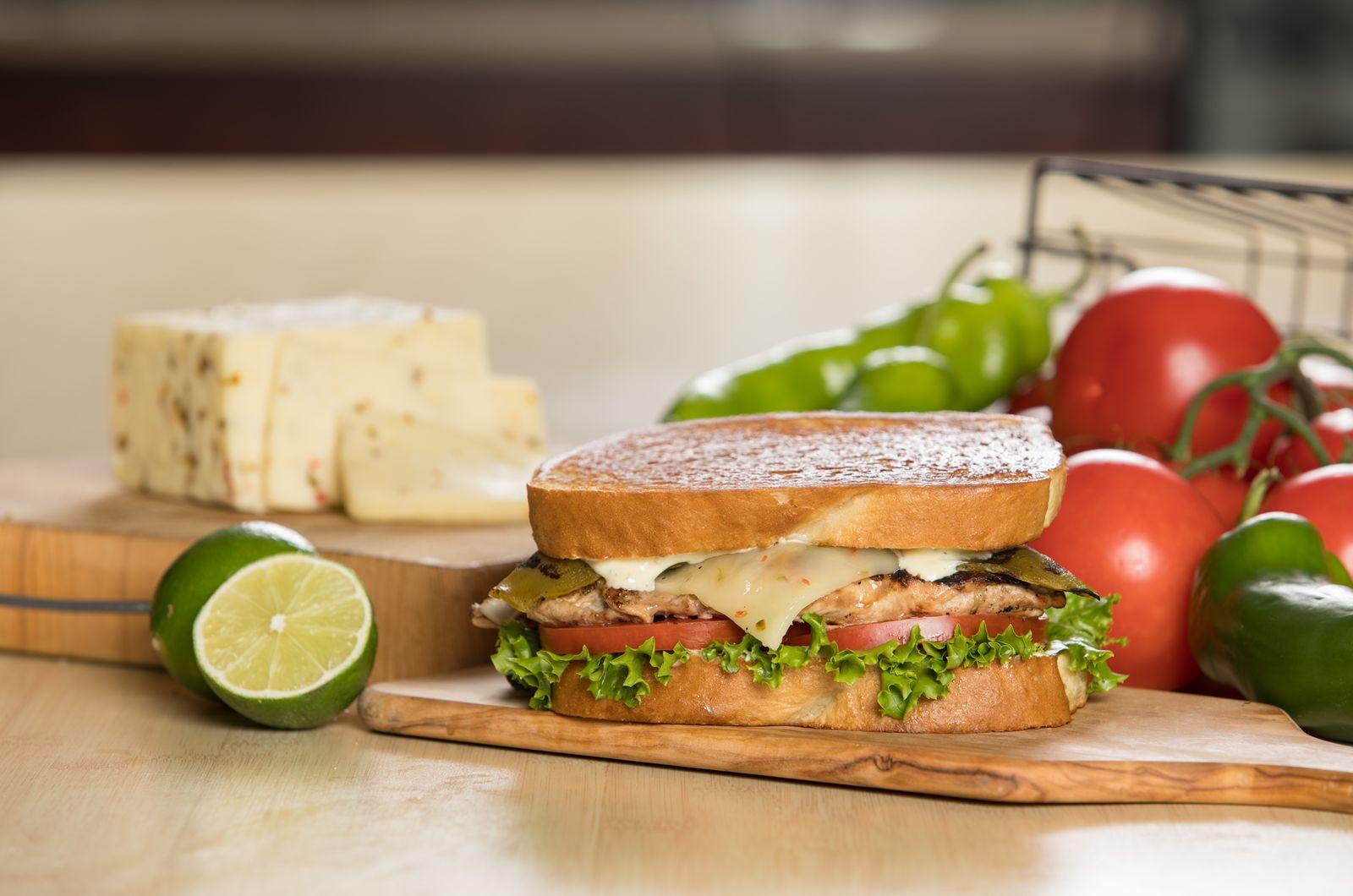 The Habit Burger Grill Features Seasonal Hatch Chile Menu Items Restaurantnewsrelease Com