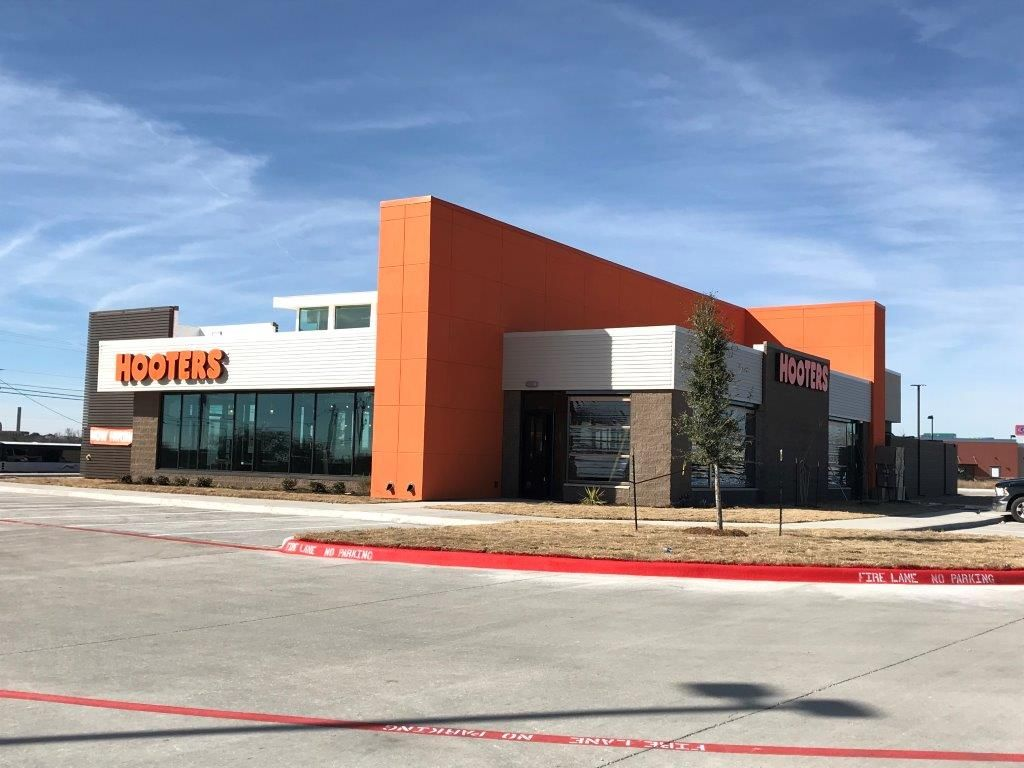 Hooters Opens Latest Texas Location in Abilene