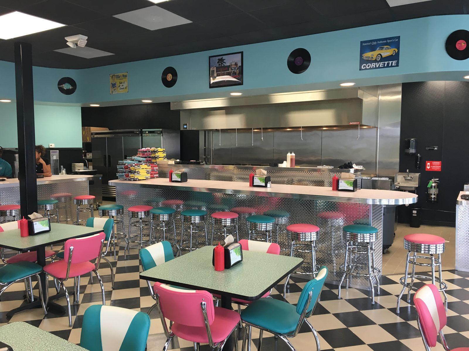 Hwy 55 burgers shakes fries to expand south carolina for Andy s chinese cuisine