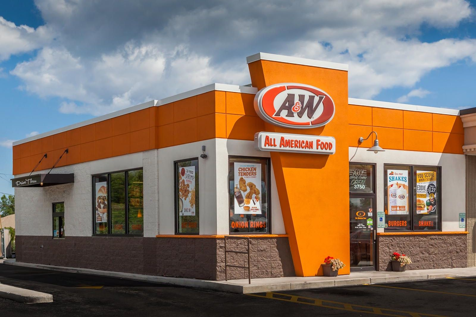 A&W Restaurants to Open 12 More Franchise Units as 100th Anniversary Approaches