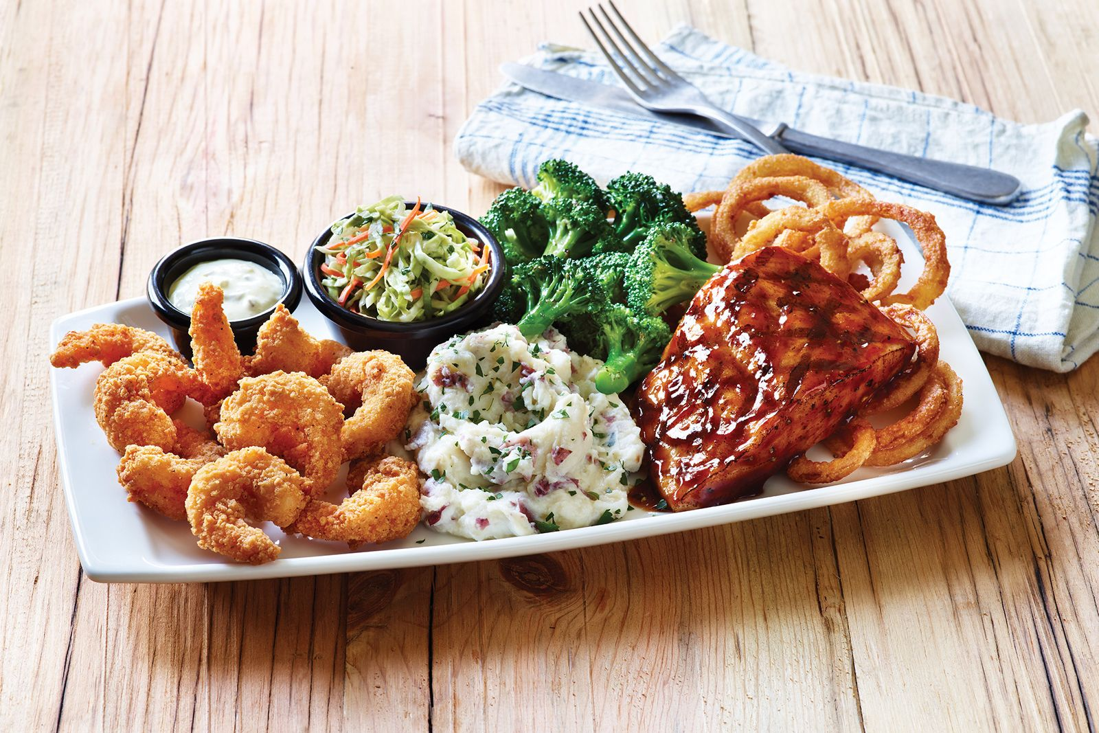 Applebee's Returns With Fan-Favorite Bigger, Bolder Grill Combos