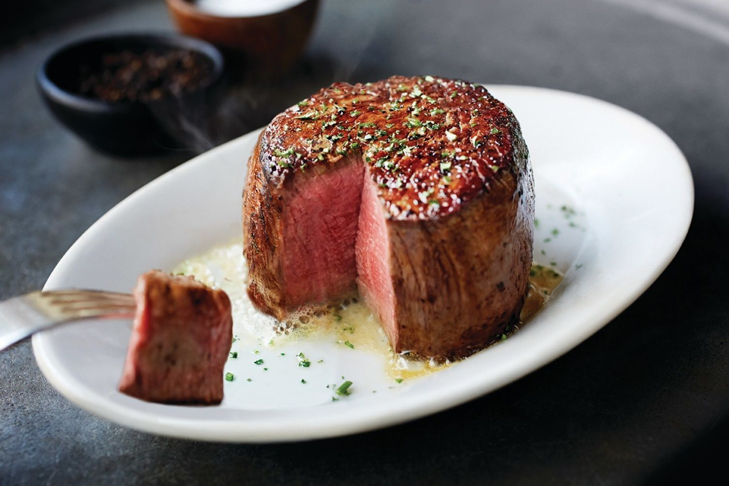 Ruth's Chris Steak House Sizzles At Silver Legacy Resort Casino