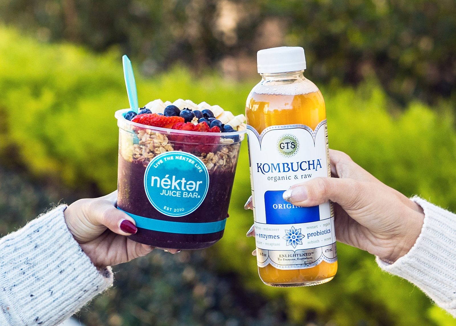 Nékter Juice Bar Partners with GT's Living Foods on New Kombucha Smoothies and Acai Bowls for the New Year