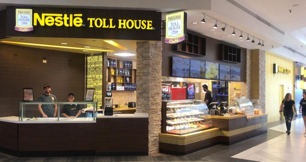Nestlé Toll House Café By Chip Reopens in the Woodfield Mall