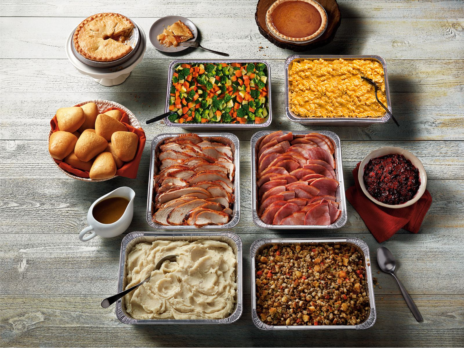 Boston Market Helps Put Joy On The Table This Thanksgiving With Complete Meal Options For Gatherings Of Every Size