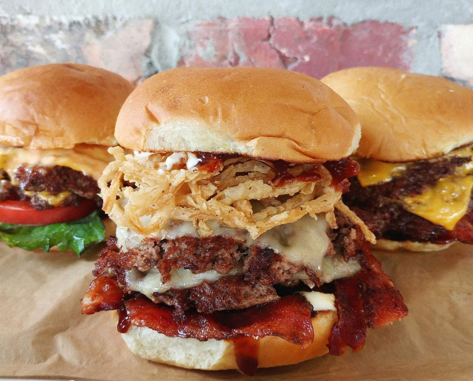 MOOYAH Burgers, Fries & Shakes to Drive Holiday Gift Card Sales with Gamification for Guests