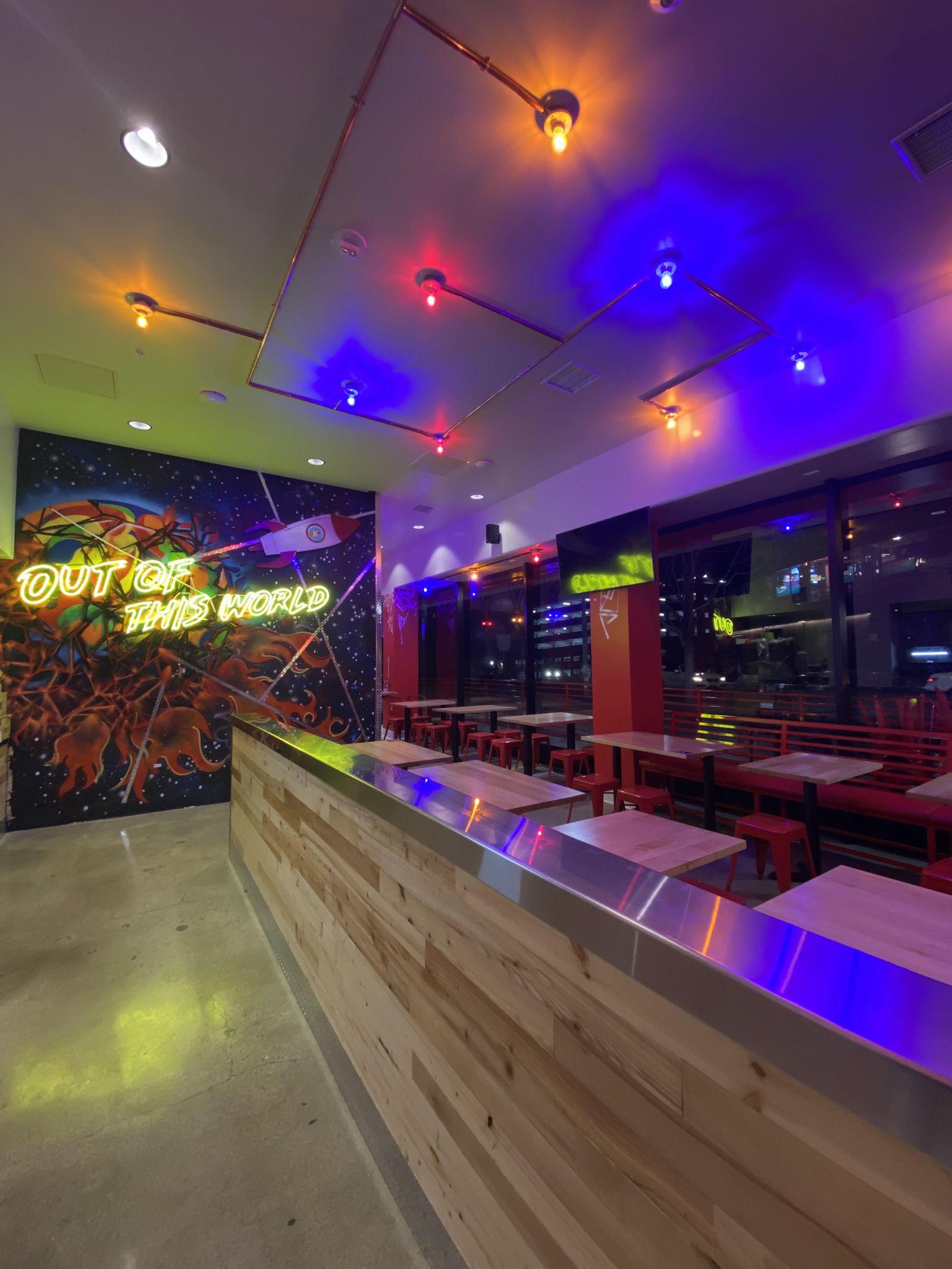 Dave's Hot Chicken Opens Third Los Angeles Location