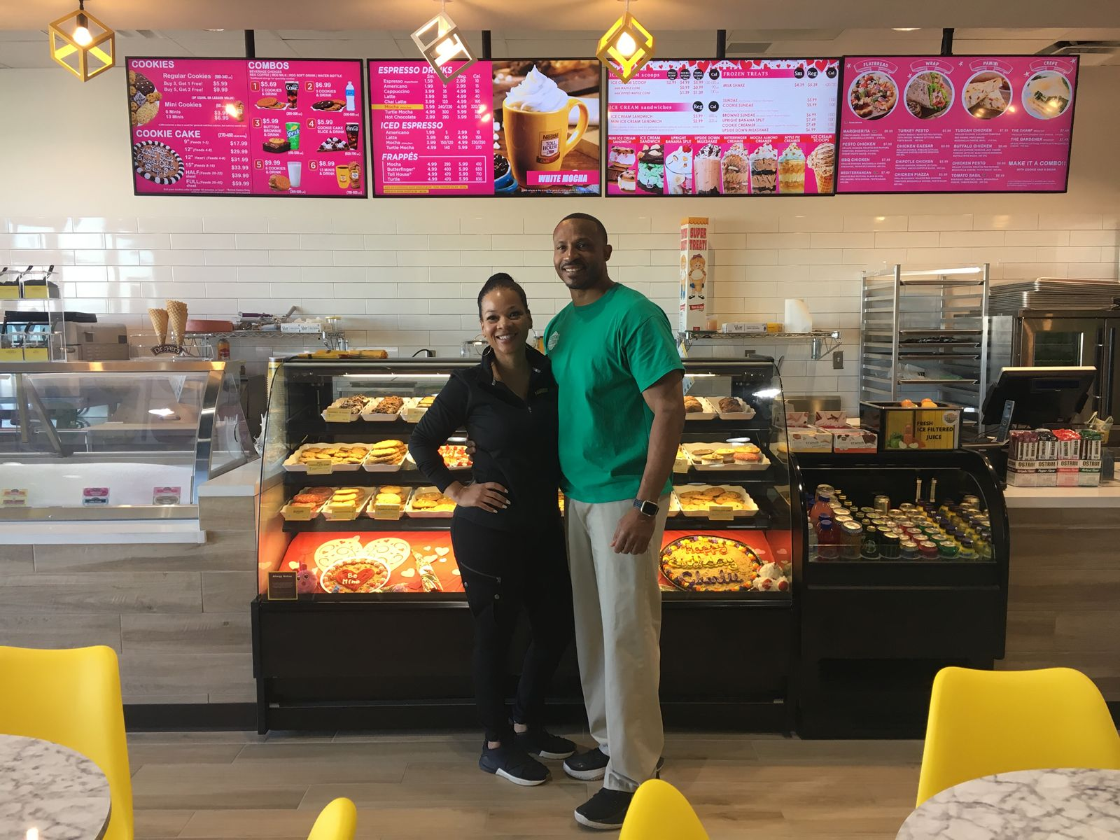Former Dallas Cowboys Player Opens Second Nestlé Toll House Café By Chip in Mansfield