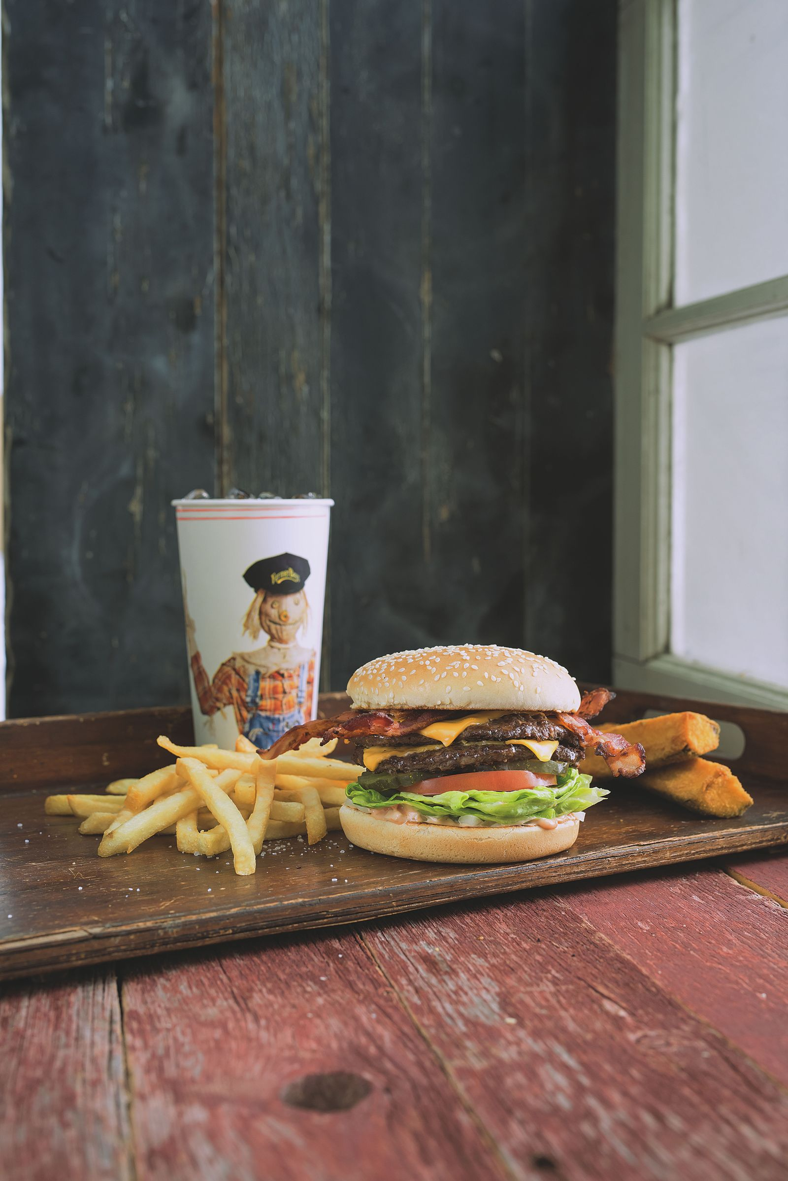 Farmer Boys, the Riverside-based fast casual concept known for its award-winning burgers and exceptional service, will open its seventh location in the city of Riverside at 20631 Van Buren Blvd this July.