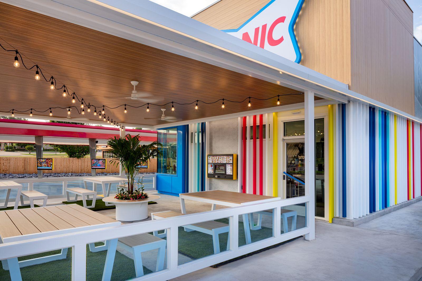 SONIC Unveils Bold New Restaurant Design