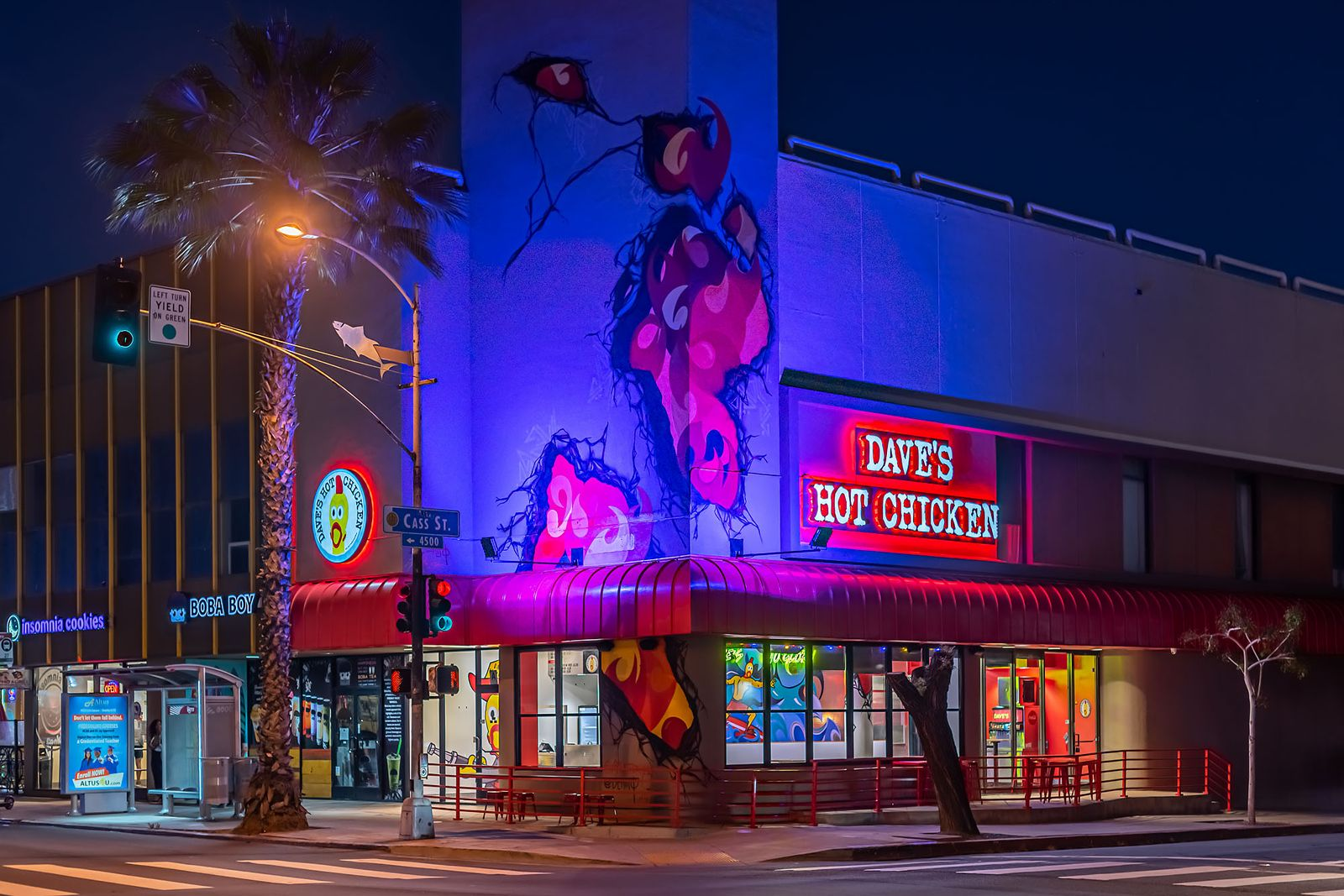 Dave's Hot Chicken Bolsters Leadership Team with Best-In-Class Executives