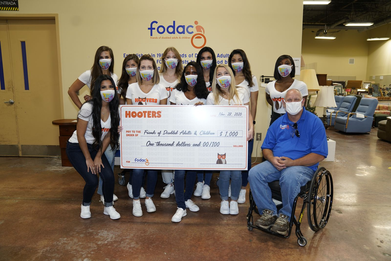 2021 Hooters Calendar Girls Hosting Signing Events while Lending Much-Needed Community Support this Fall